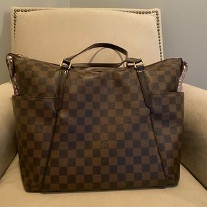 Louis Vuitton Totally MM - Excellent Condition!